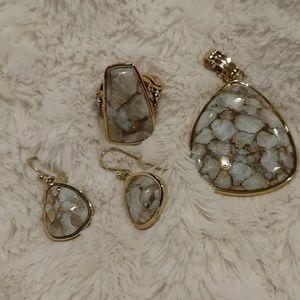 Jewelry - NEW! 3 Piece Wardrobe!